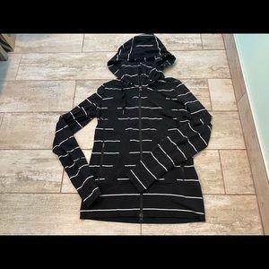 Lululemon stride jacket size 8 vguc